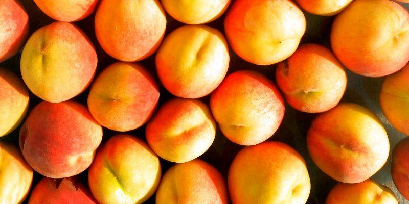 upclose-peaches-2016